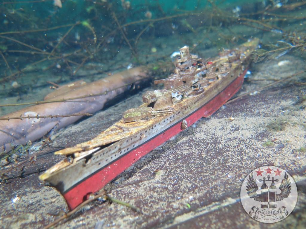 U-Boot auf dem Holzwrack